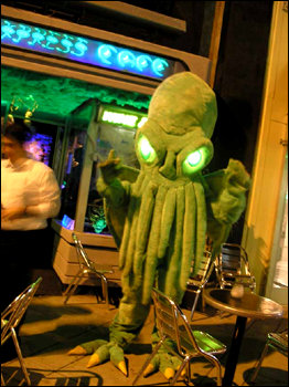 Cthulhu commands you to eat at his cafe!