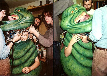 Robin getting into the Slimer suit!