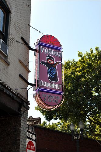 The Voodoo Doughnut storefront.