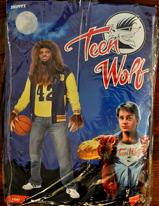 Howard Teen Wolf costu...
